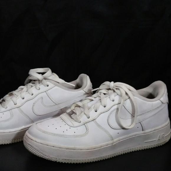 best service e8531 d80a9 Nike Air Force 1 Youth Size 7. M 5c4dccd5a5d7c6574638da3f